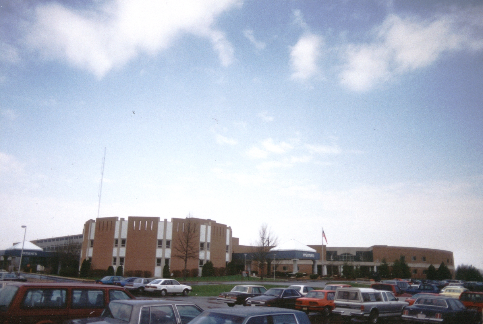 Howard_Community_Hospital_exterior_after3.jpg