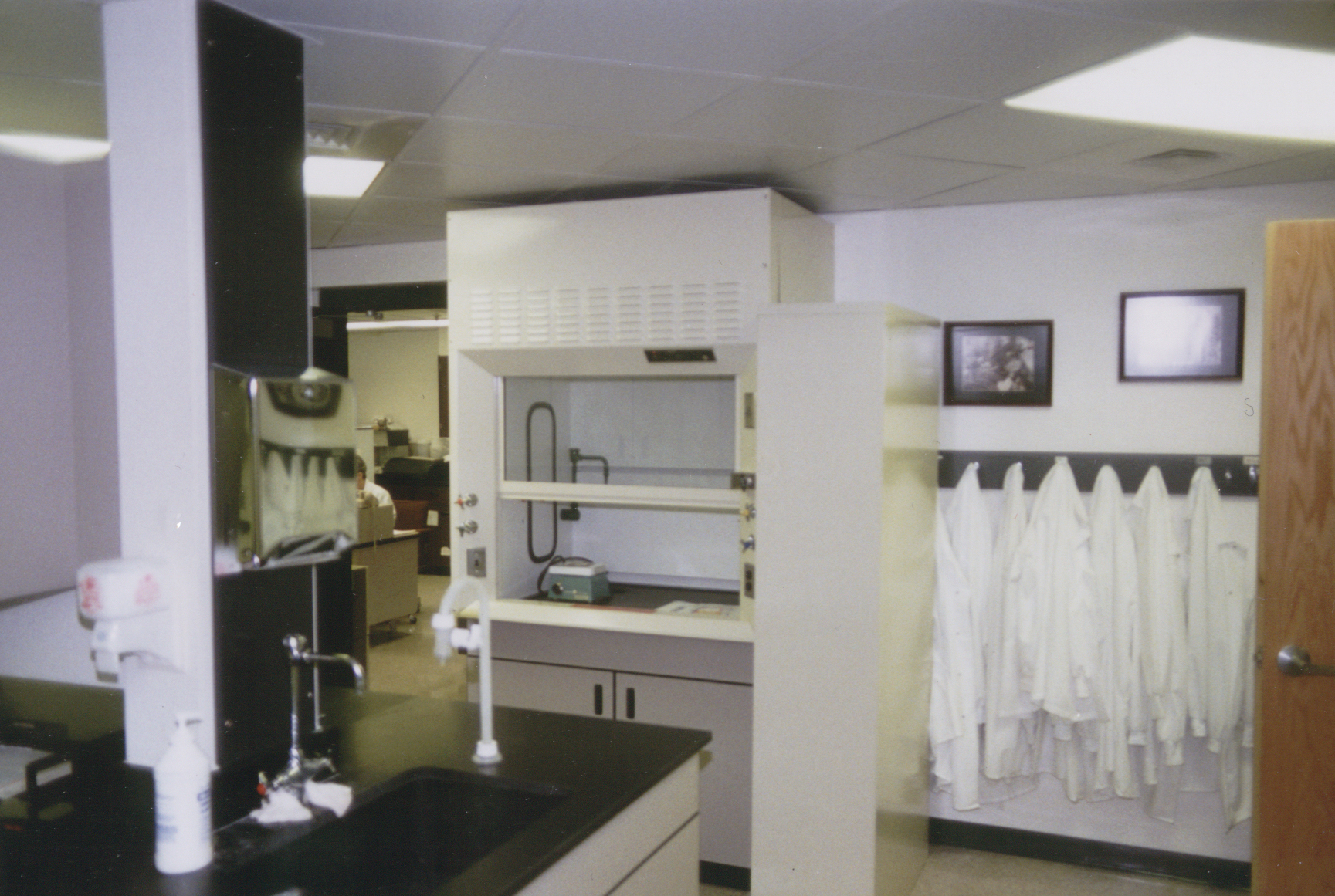 Howard_Community_Hospital_Lab3.jpg