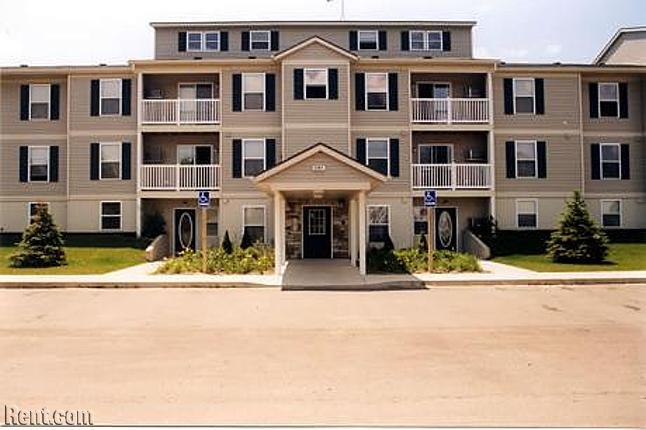 coopers-landing-apartments-kalamazoo-michigan-49004-650X430-624232