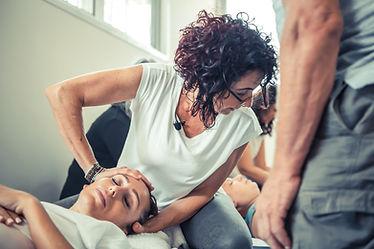 לימודי טכניקות טיפול במגע מתקדמות