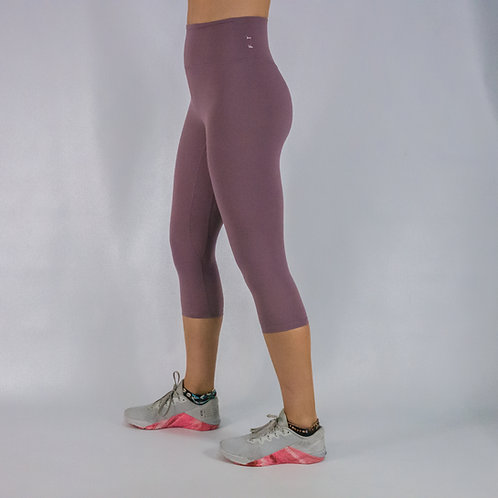 Capri Squat Proof Align Leggings - LILAC