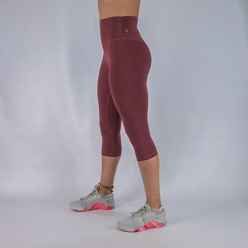 Capri Squat Proof Align Leggings - CLARET