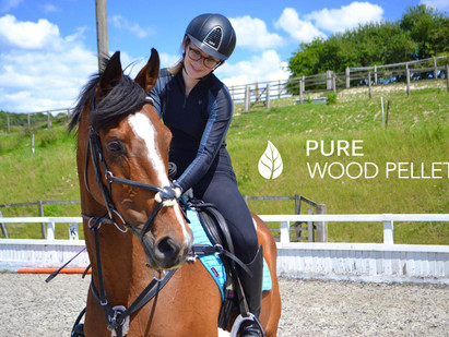 Interview With An Equestrian - Meet Ella and Bea