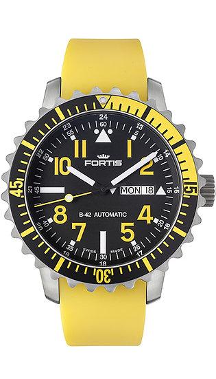 Fortis Marinemaster Day/Date Yellow