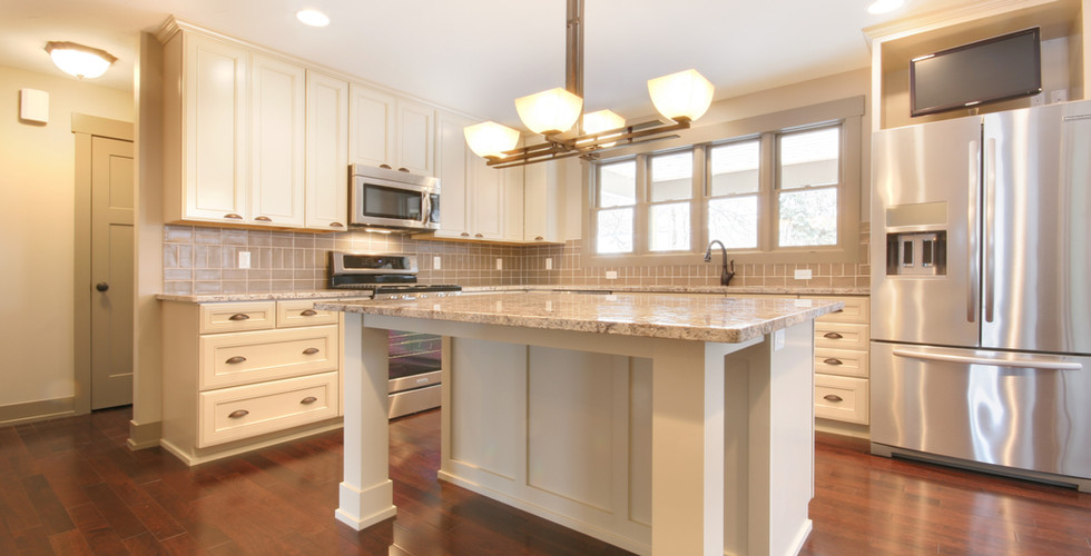 Beautiful new kitchen remodel in Grand Rapids by Renew Home Improvement remodeling contractor