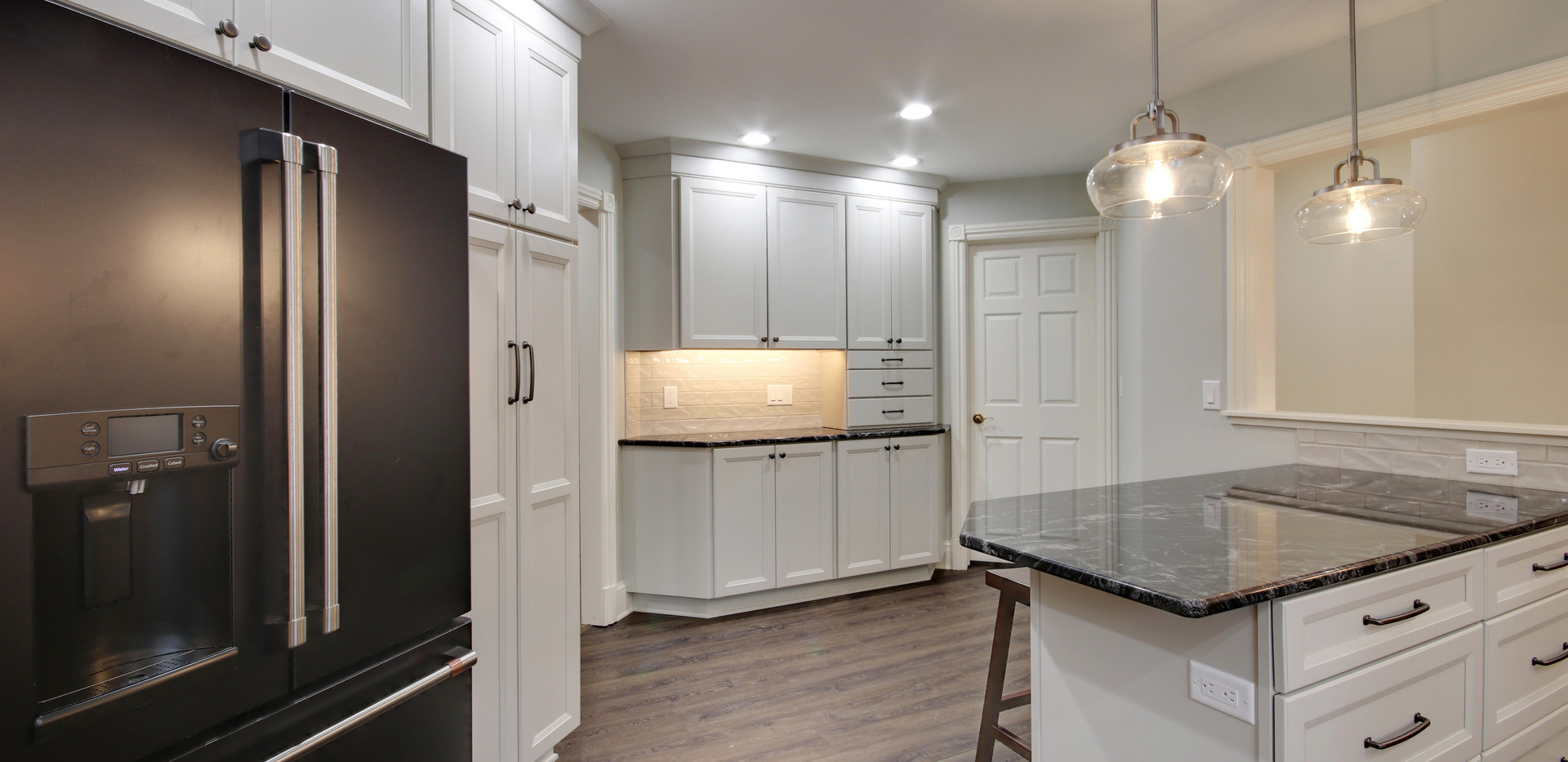 Modern design kitchen remodel in Jenison