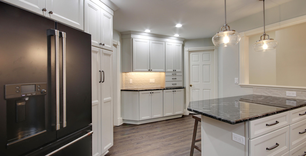 Modern design kitchen remodel in Jenison
