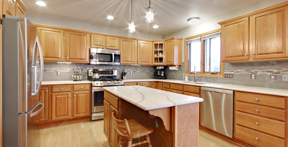 Full view of kitchen remodel in Hudsonville by Renew Home Improvement remodeling contractor