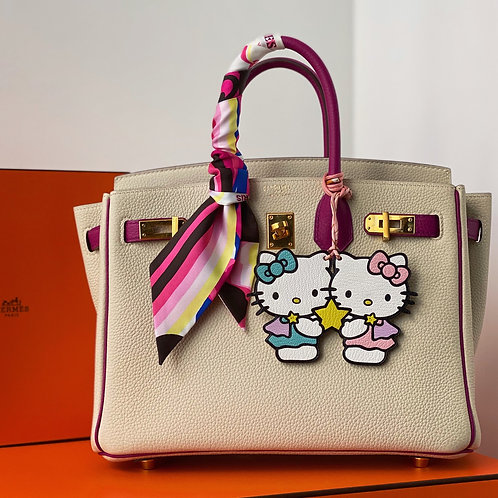 Hello Kitty Gemini