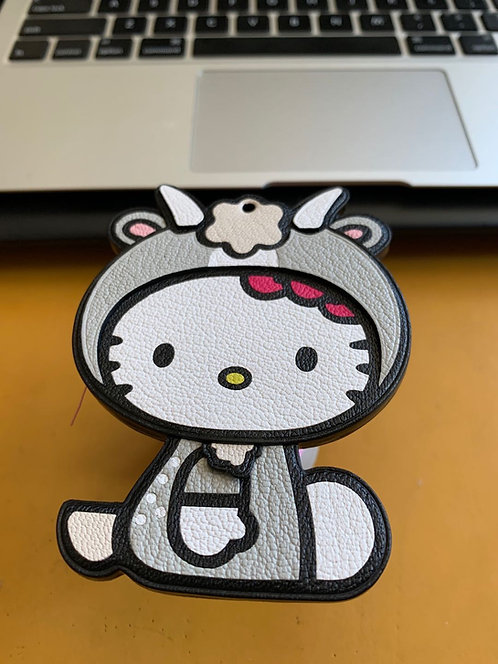 Hello Kitty Capricorn