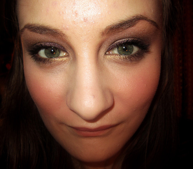 Metallic Romance: Shimmering Vegan Eye Shadow Tutorial!