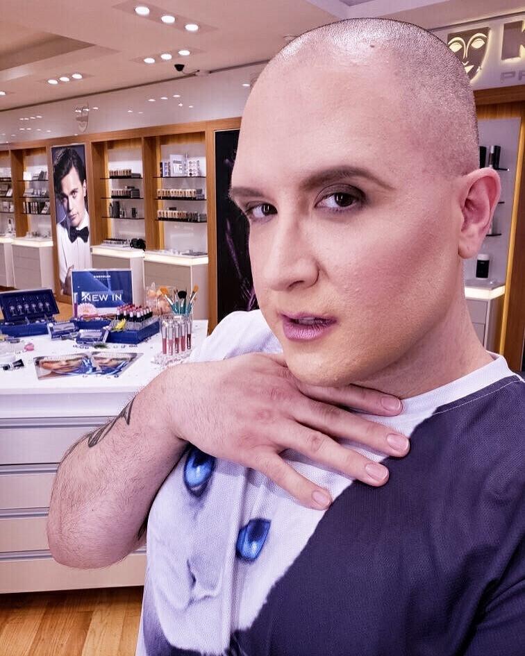 Corrective Make-Up Application