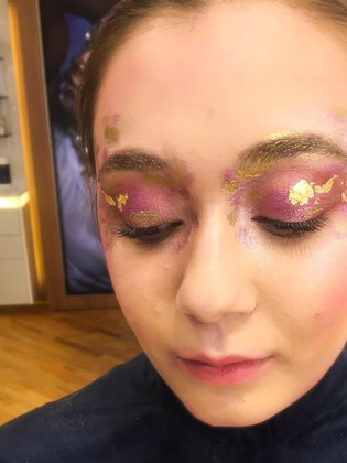 Gold Leaf Eye Make-Up