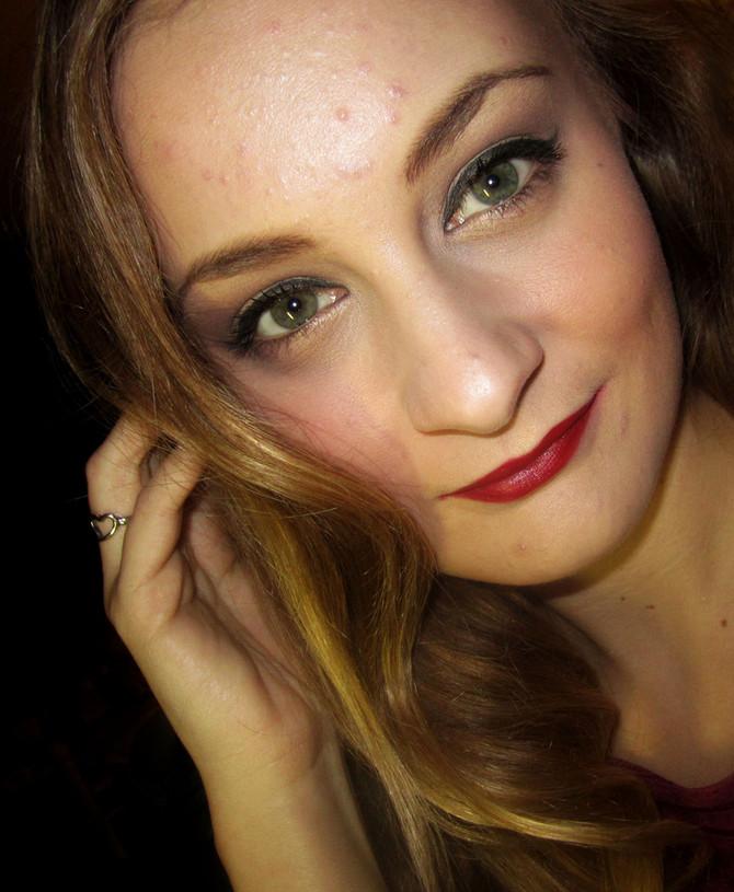 Vegan Makeup: Retro Bombshell Hair and Makeup Tutorial