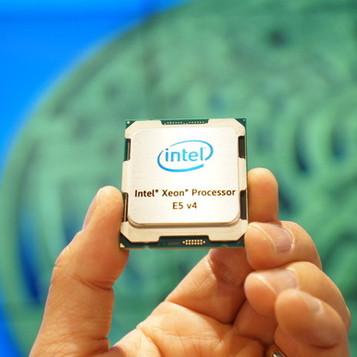 Intel release 22 core, 44 thread CPU