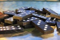 dominoes blue.jpg