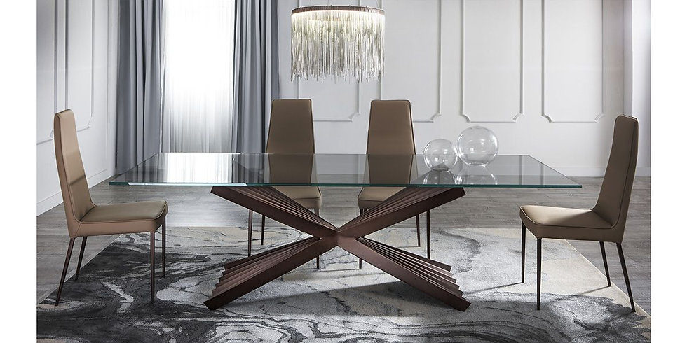 Cravatta Dining Table