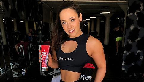 steelfit female model