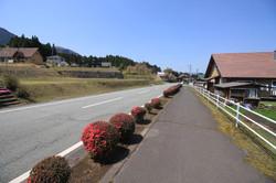 東側の村道