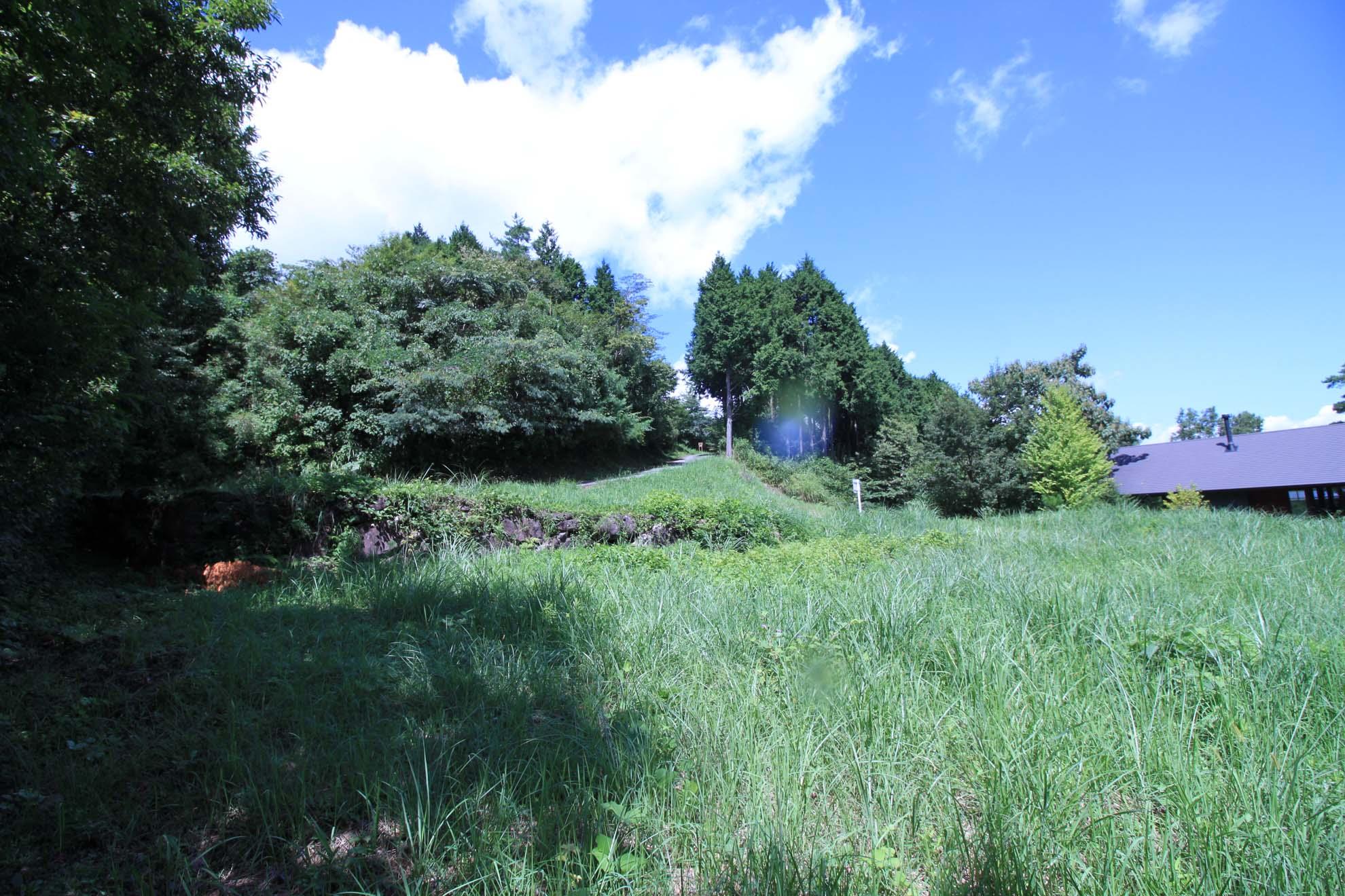 敷地から見た西側の風景