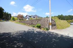南東側の擁壁