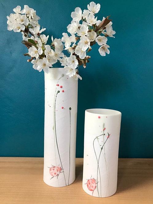 Grand vase en porcelaine coccinelle