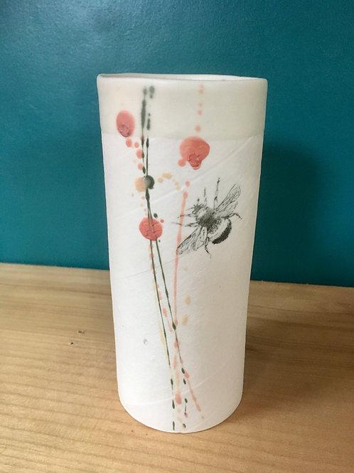 petit vase en porcelaine bourdon