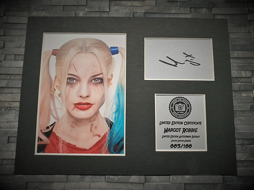 Margot Robbie Signed Autograph Display - Harley Quinn - Suicide Squad
