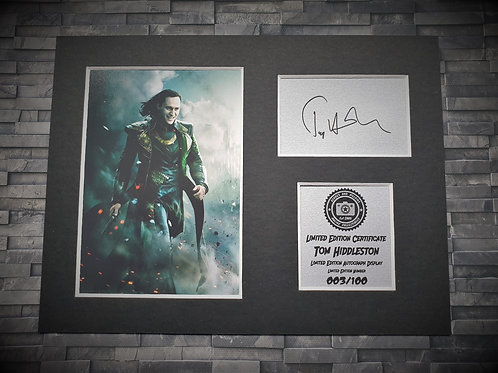 Tom Hiddleston Signed Autograph Display - Loki - Avengers