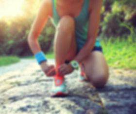 Runner fixing shoelace