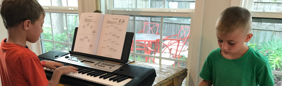Piano and keyboard playing at every lesson!