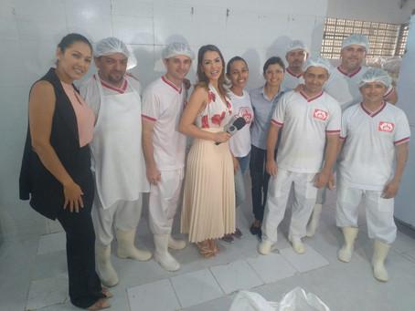 Projeto Vaca Mecânica recebe a apresentadora Fernanda Albuquerque