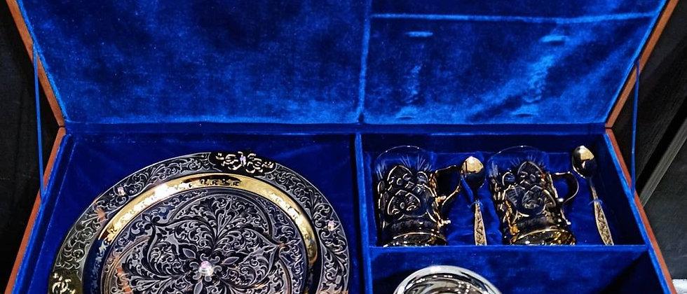 """Набор подарочный """"Чай вдвоём"""" украшенный золотом и камнями"""