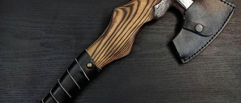 Топор ручной работы №8 (сталь 65Г, ясень, натуральная кожа) 38 см