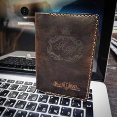 Обложка на паспорт с гравировкой.jpg