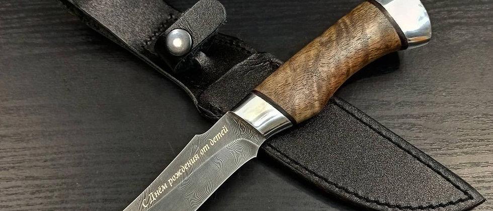 Нож Н-27 (ст. У10А-7ХМ дамаск, орех) с гравировкой
