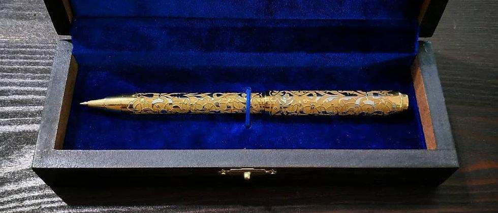 Ручка шариковая. Золото 999 пробы. Златоуст