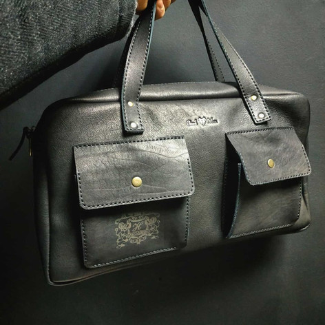 Гравировка на сумке