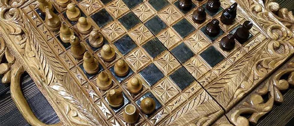 Резные шахматы-нарды, 2 в 1. Ольха (63х63 см)