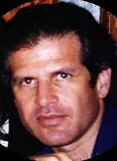 Randy Turrow circular headshot.png