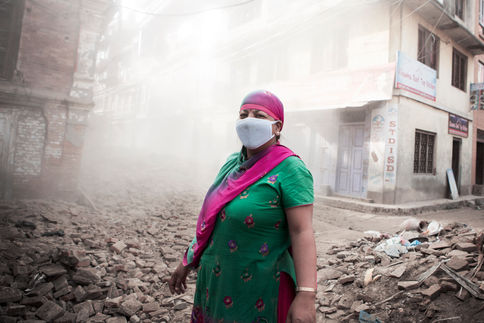 STOLEN GLANCE THROUGH THE UPCOMING DUST Bhaktapur