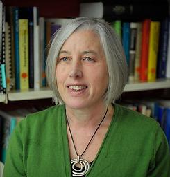 Amanda Kvalsvig_bio photo.jpg