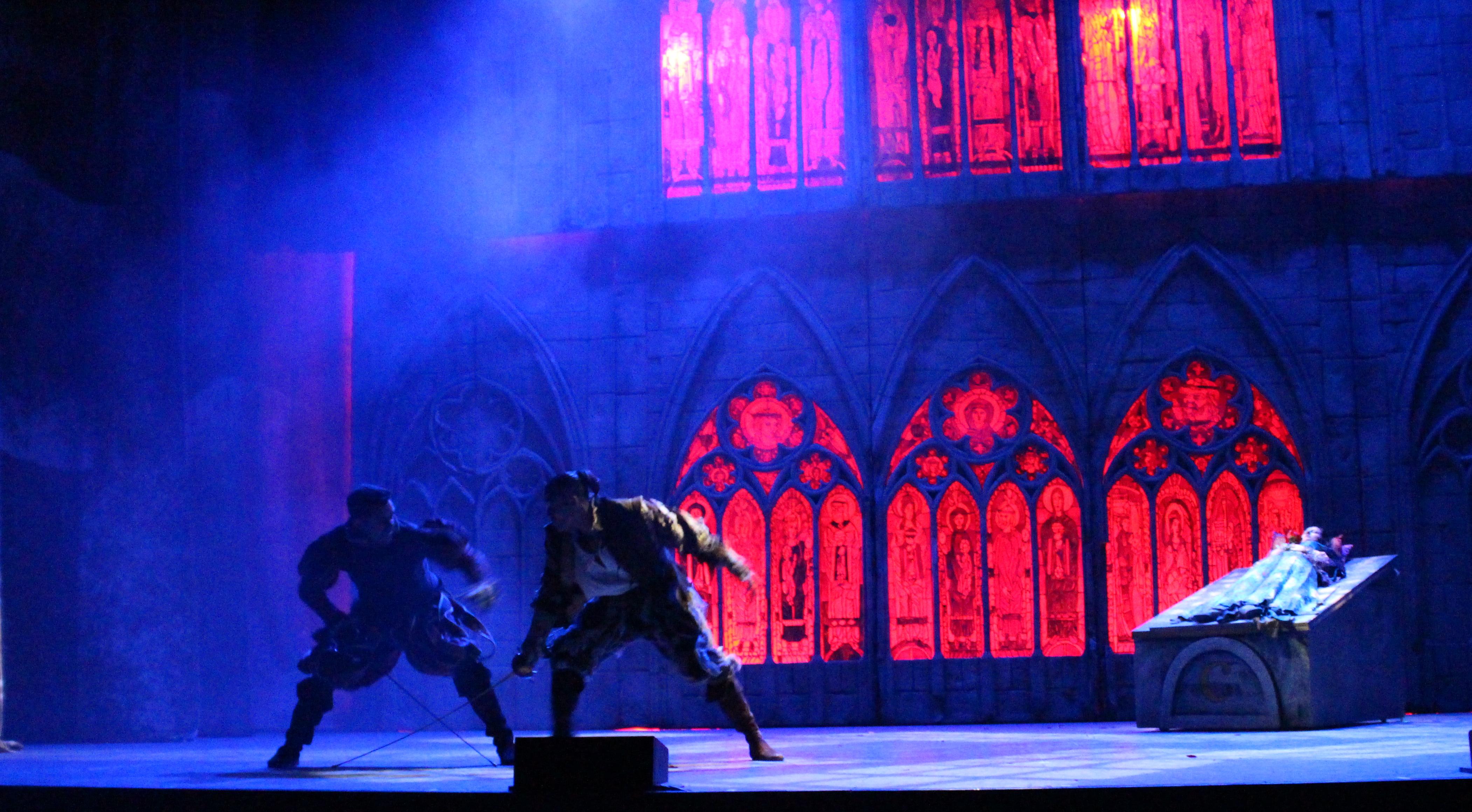 Pelea entre Tebaldo y Romeo