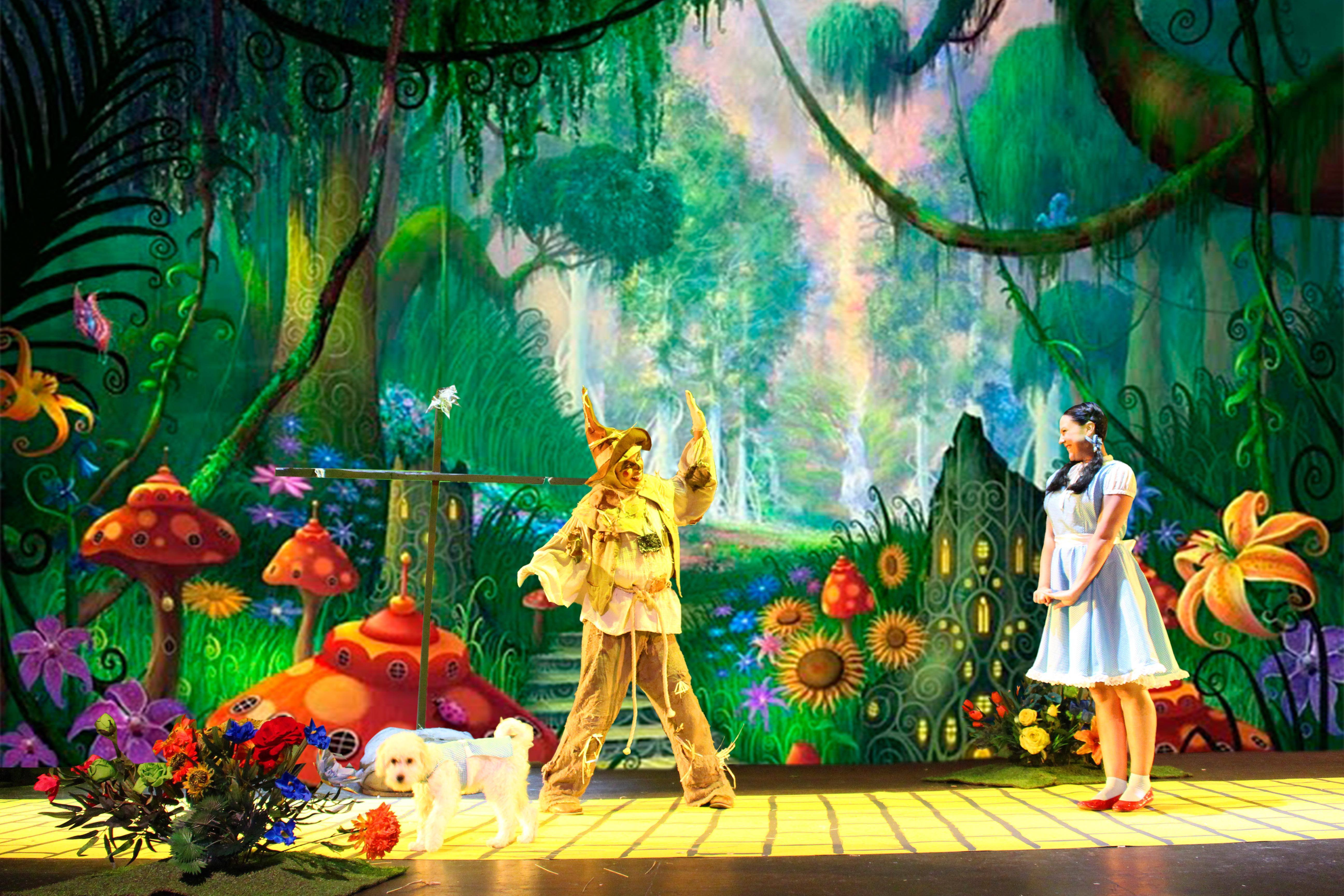 Dorothy y Espantapájaros