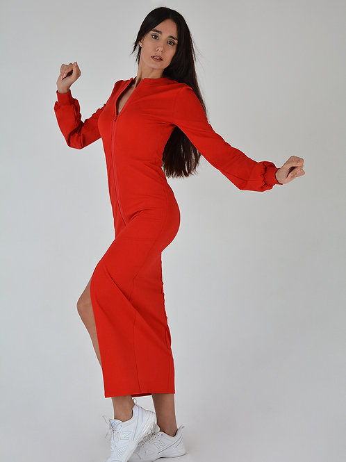 Платье с расширенными рукавами