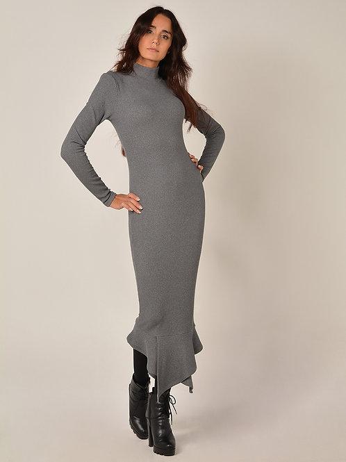 Платье с воланими