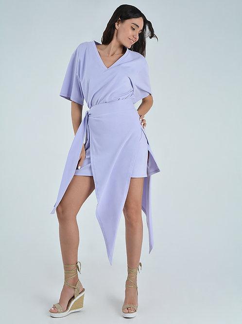 Платье-футболка  с декоративным поясом
