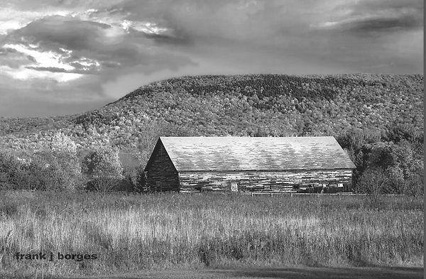 Vermont_Barn__frank_j_borges_©2009.jpg