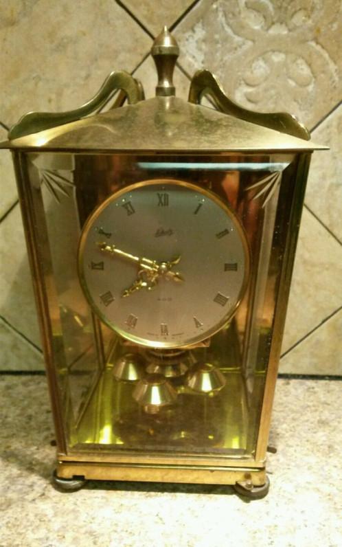 here we have a beautiful 400 day schatz model 53 series anniversary clock - Anniversary Clock