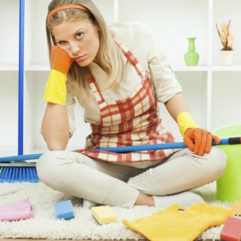 Errores que cometes al limpiar tu casa y que podrían enfermarte